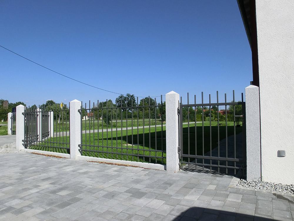Gemütlich Gartenzaun Metall Grun Ideen - Innenarchitektur-Kollektion ...