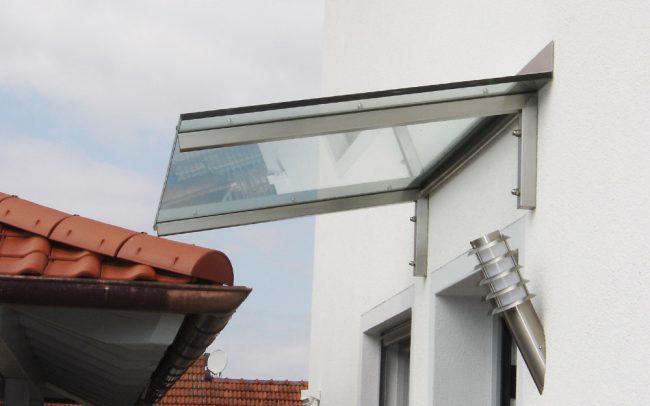 Glas Vordach von Metallbauer in Vilshofen
