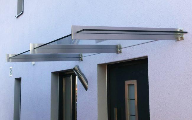 Vordach aus Stahl Glas in Vilshofen