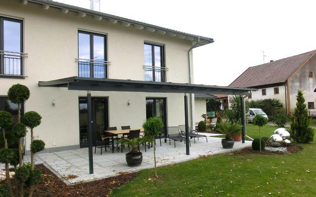 Terrassendach aus Stahl und Glas in Vilshofen